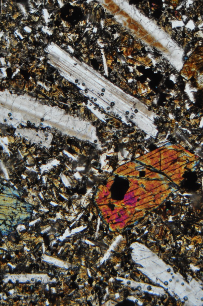 Basalte 2 demi-deuil en LPA